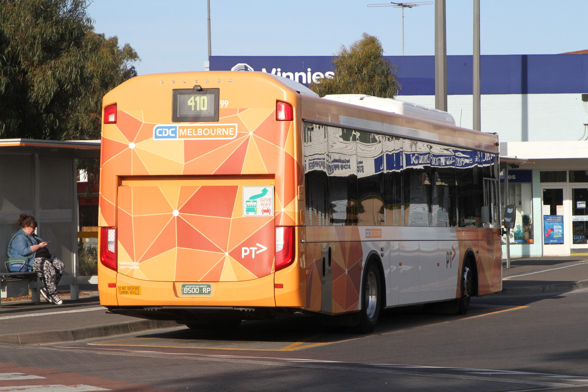 CDC Melbourne Bus 99 BS00RP On Route 410 At Sunshine Station