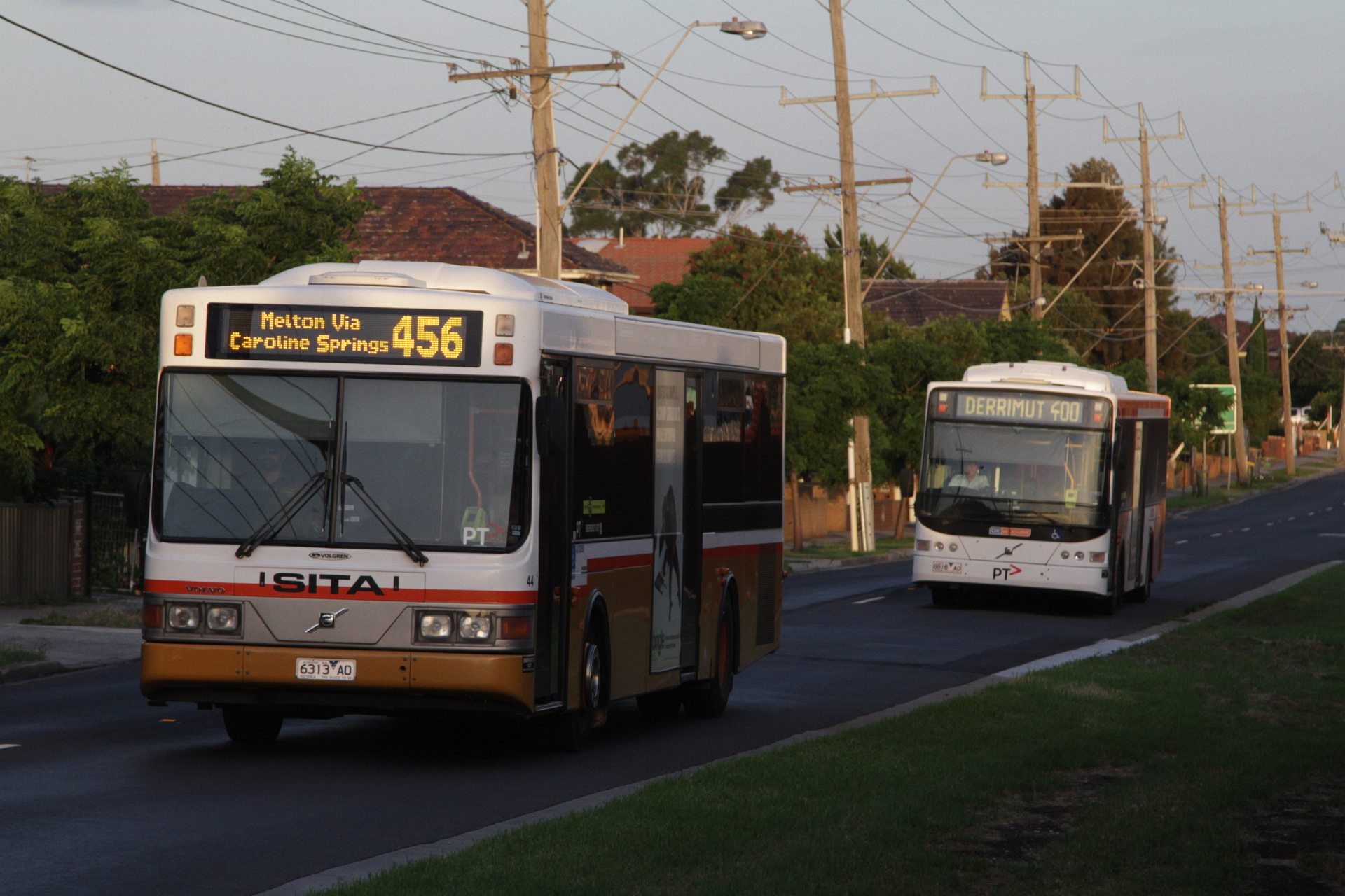 Sita Bus 44 Rego 6313ao On A Route 456 Service Along