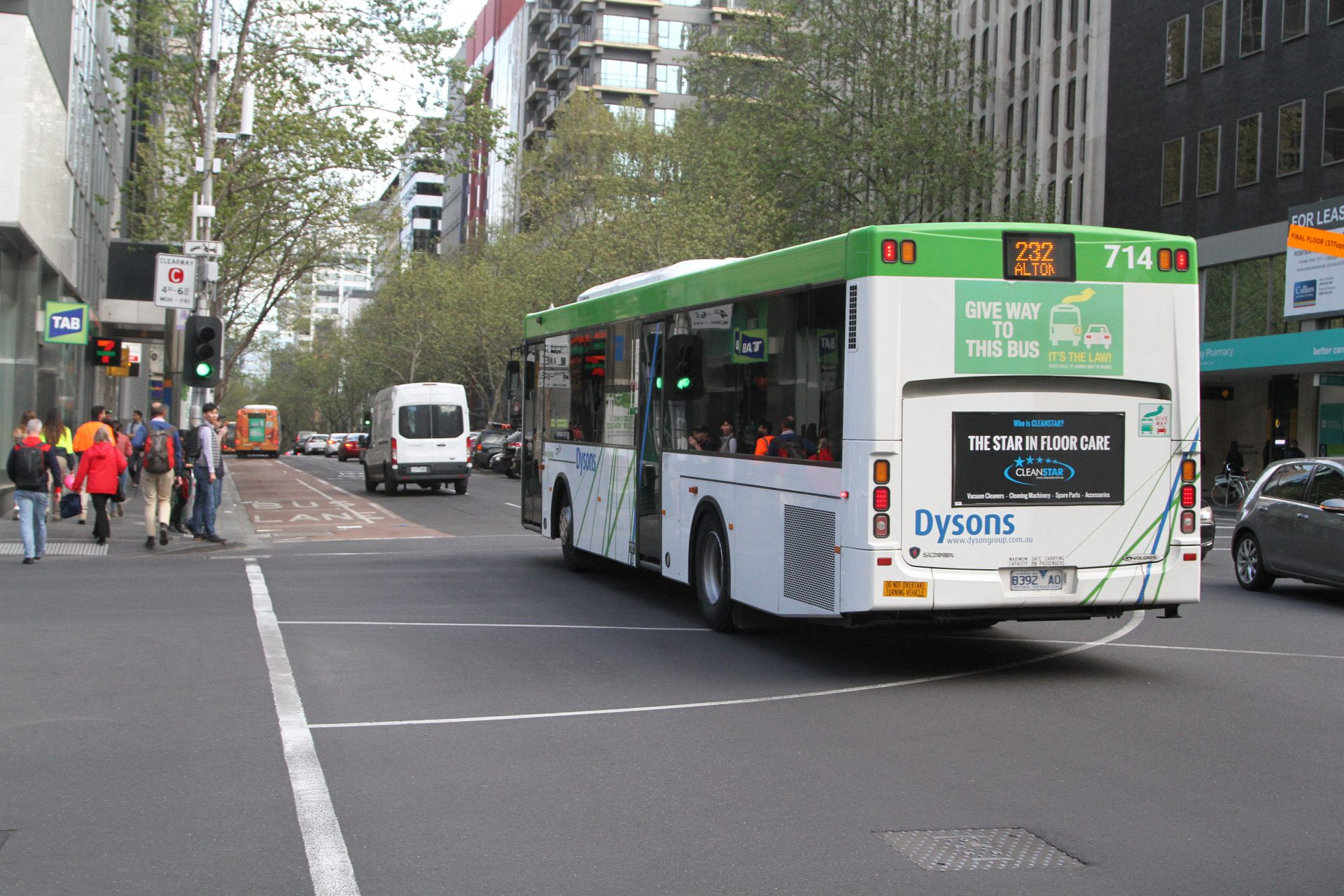 Dysons Bus 714 8392ao Heads South On Route 232 At Queen