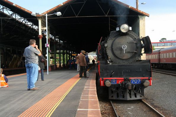R707 awaits departure from Geelong