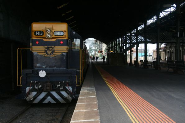 T413 on the tail of the train at Geelong