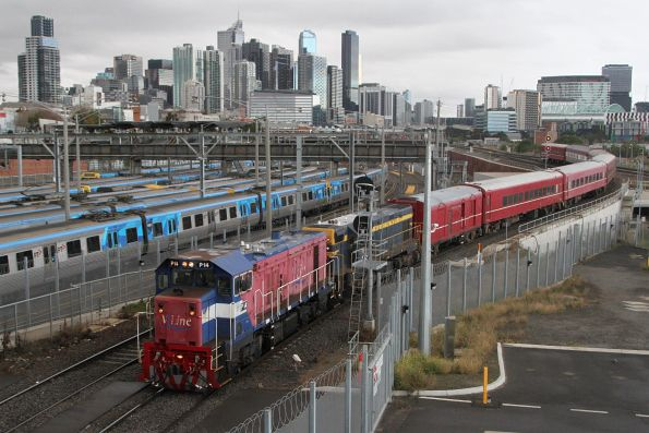 P14 leads T413 on the down train over the North Melbourne flyover