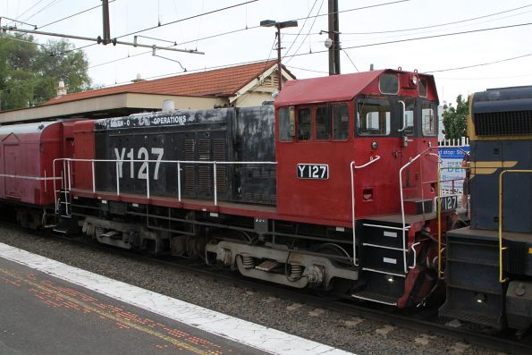 T413 and Y127 at the other end of the train