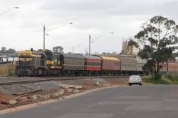 Waiting for a signal towards Melbourne at North Geelong C