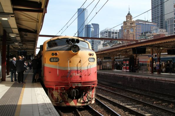 A66 at the east end of the train at Flinders Street Station, ready to lead us towards Stony Point