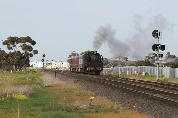 After getting held at a signal at Deer Park, R707 leads the train towards the RRL junction
