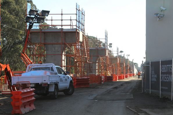 Abbotts Road level crossing removal project