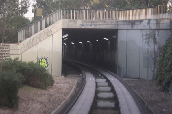 O-Bahn track outbound at the Park Terrace tunnel
