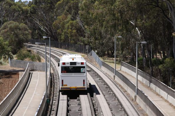 #1278 crosses the Torrens River at Paradise Interchange