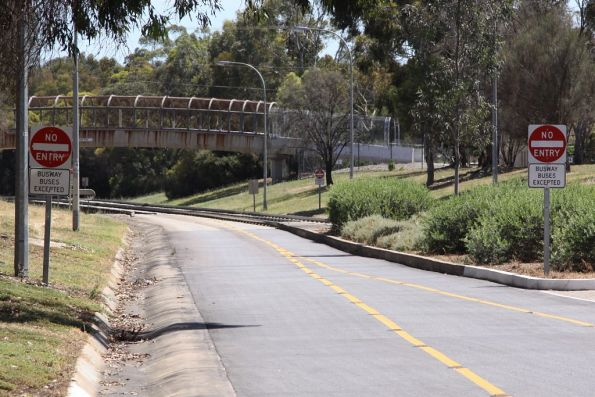 Adelaide's O-Bahn Busway
