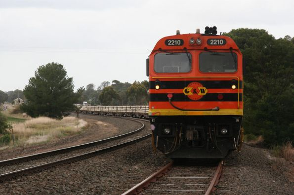 2210 on the Adelaide end of the train at Inverleigh