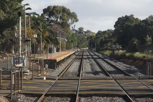 Arriving into the down platform at Seacliff: the up platform is on the 'other' departure side of the level