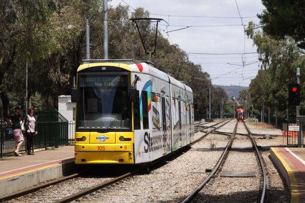 Flexity 105 at South Terrace headed for Glenelg