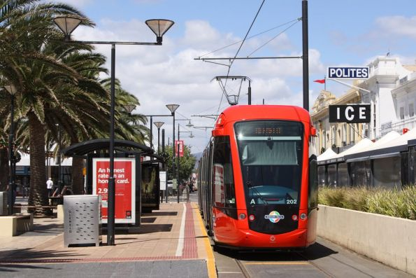 Citadis 202 at the Mosley Square terminus, Glenelg