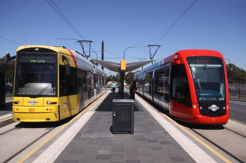 Flexity 107 and Citadis 204 at the West Terrace stop