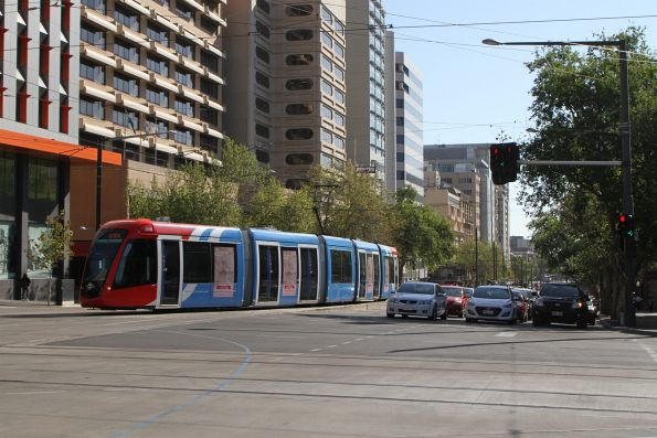 Citadis #208 turns from North Terrace into King William Street