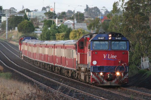 N467 on an up push pull at North Geelong