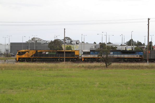 LDP009 and LDP002 on BM7 waiting at Somerton Loop for a path towards Melbourne