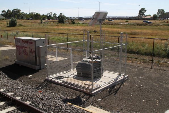 Lincoln automatic rail lubricator north of Middle Gorge station