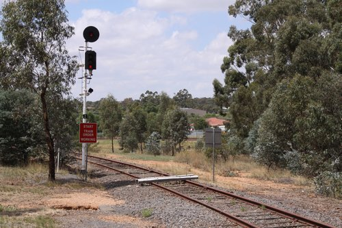 Baulks on the Avoca line at the home signal into Maryborough