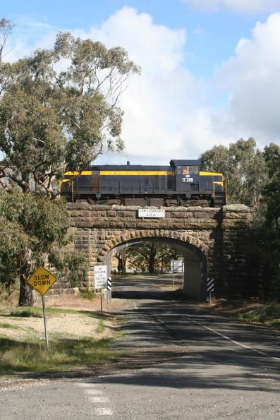 T378 crosses the Blue Bridge near Mount Doran