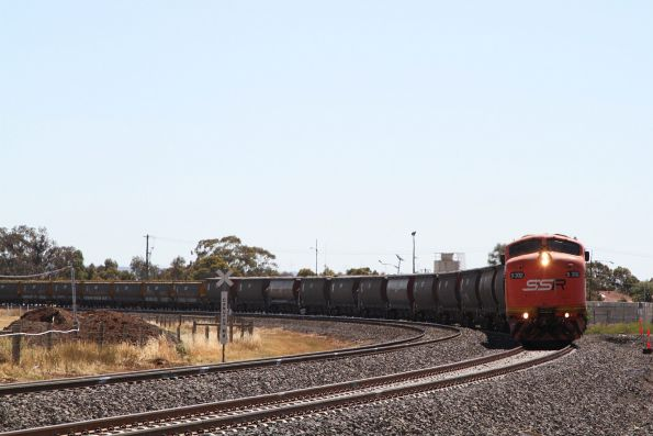 S302 and S317 lead into Melton station on the up