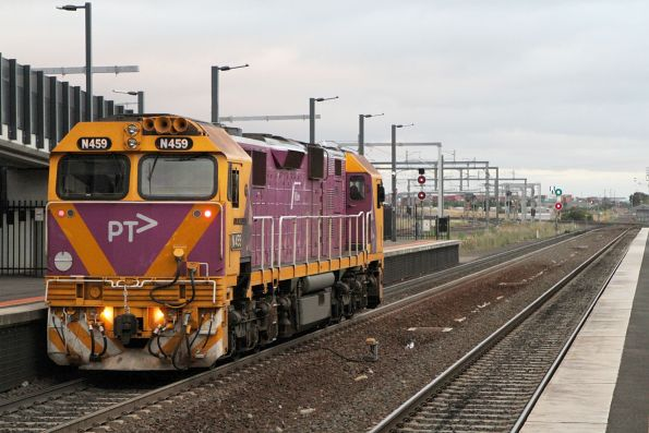 N459 heads light engine through Sunshine station after a day of driver training at Ballarat