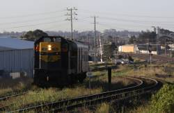 Passing the gauge splitter at North Geelong C