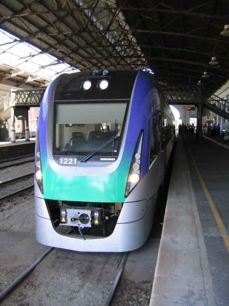 VLocity unit VL21 at Ballarat Station