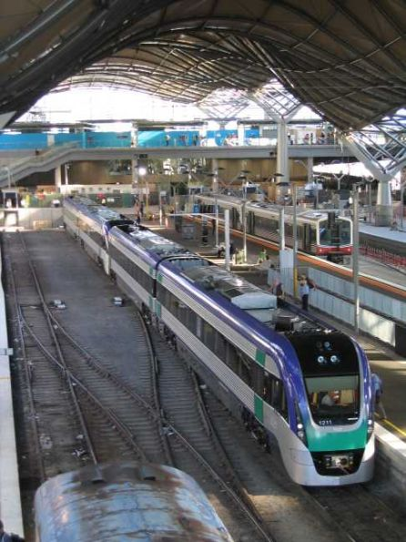 VLocity units VL11 and VL21 on arrival at Southern Cross