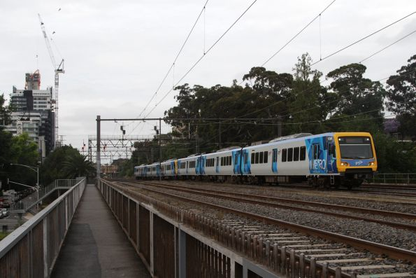 X'Trapolis 173M on an up Frankston service crosses the Cremorne Bridge at South Yarra