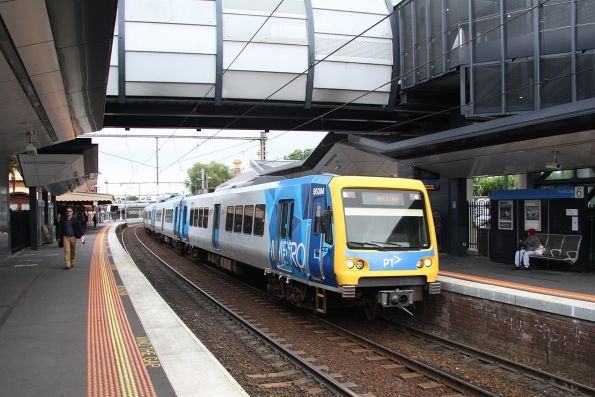 X'Trapolis 953M leads a down Williamstown service at Footscray