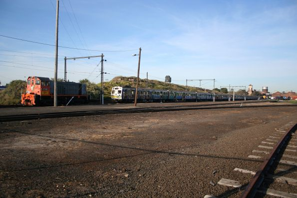 Y145 after arriving at Newport Workshops from Bendigo with 12 retired Hitachi carriages