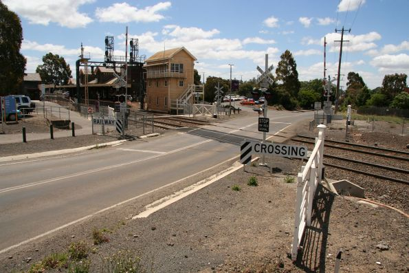 Trentham Road level crossing at the up end of Kyneton station