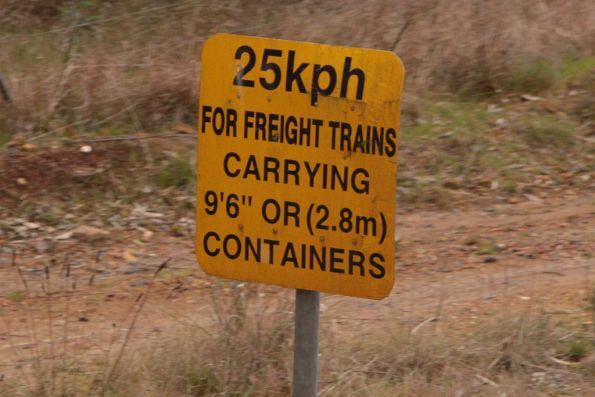 25 km/h limit for freight trains carrying 9'6