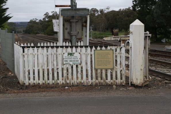 'Preserved' crossing gates at Gisborne station