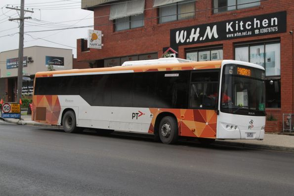 Panorama 3068AO on a Blackburn-bound rail replacement bus service for the Blackburn Road level crossing removal project