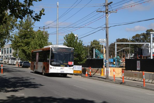 Ventura bus 8260AO at Blackburn on a rail replacement service for the Blackburn Road level crossing removal project