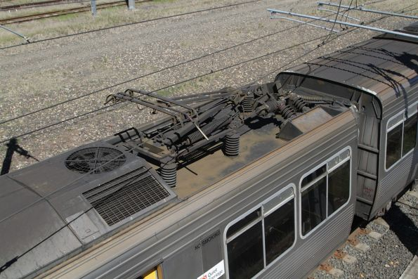Pantograph atop a EMU carriage