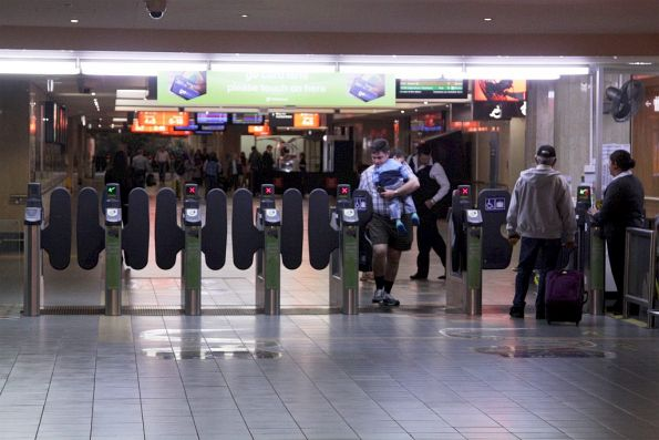Go Card gates at the entrance to Roma Street station