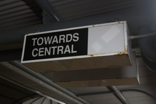 'Towards Central' guards indicator at Roma Street platform 10