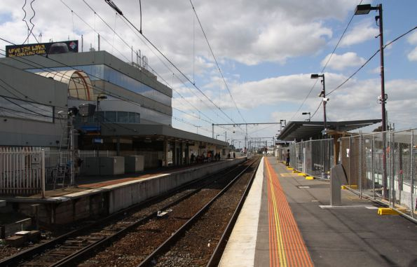 Looking down the platforms at Broadmeadows