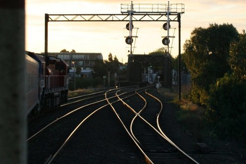 V/Line service approaching the Maribyrnong River bridge