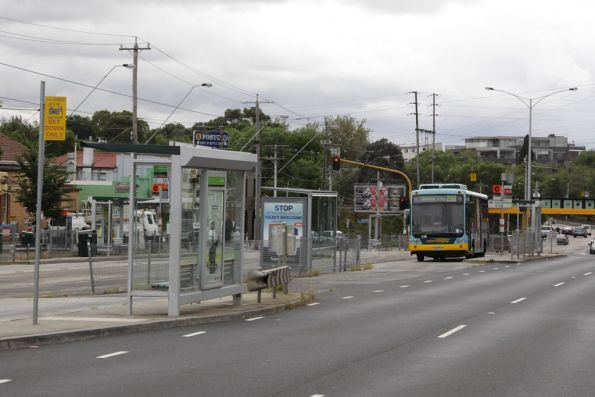 Bus stopped at the Clifton Hill interchange