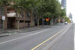 Disused bus zone on La Trobe Street at Russell Street