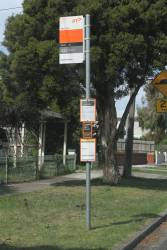 Notice of a closed bus stop on route 432 in Yarraville due to West Gate Tunnel Project works on Fogarty Avenue