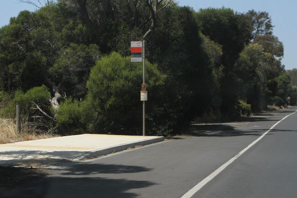 DDA compliant bus stop for route 60 beside the 100 km/h Portarlington Road, Moolap