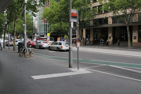 Route 605 bus stop has been shifted one bay south down William Street