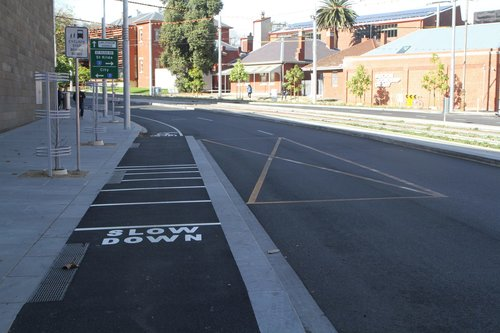 'Platform stop' across the bike lane for eastbound buses on Southbank Boulevard