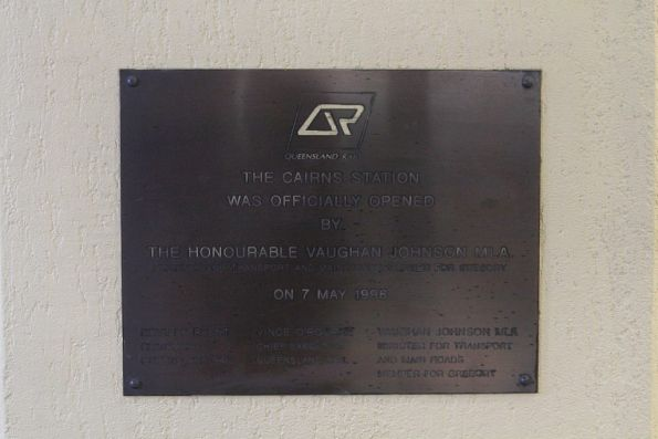 Plaque making the opening of the current Cairns railway station in 1996